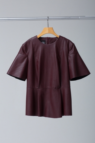 23_BURGUNDY FAUX LEATHER TOP